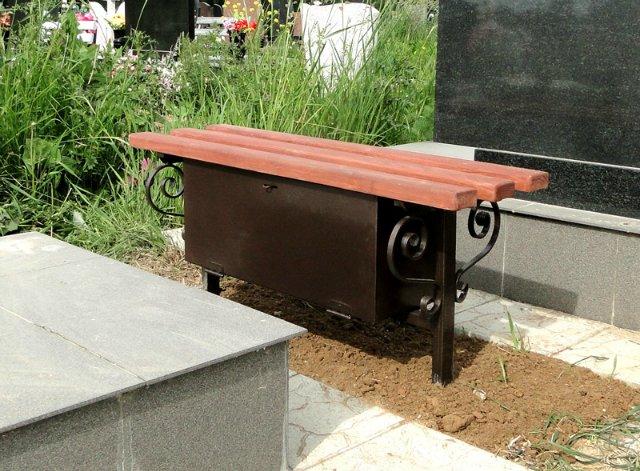 Лавочка с ящиком на кладбище своими руками 14